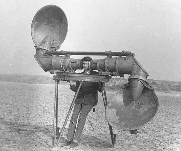 شنوندهی هواپیماهای دشمن