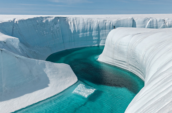 03-birthday-canyon-greenland-670