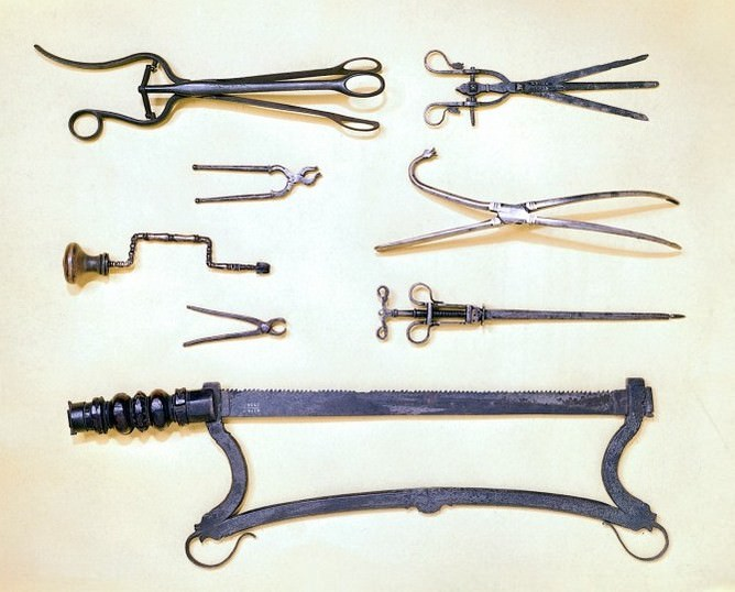 L0012386 Surgical instruments of the 16th and 17th centuries.