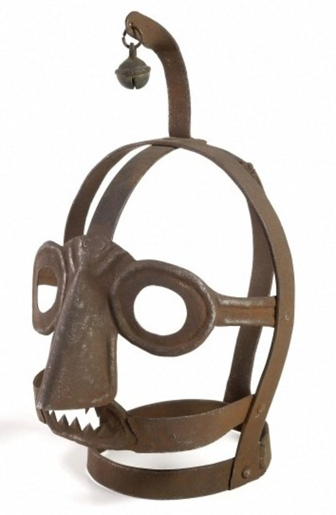 L0035596 An Iron 'scolds bridle' mask used to publicaly humiliate
