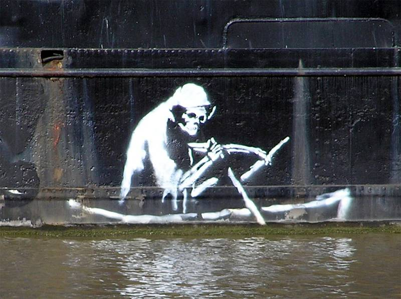 four-truly-remarkable-outdoor-artists-banksy1
